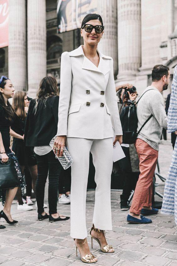 blanco-traje