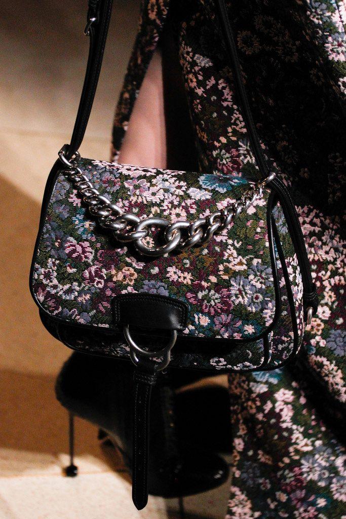 bolso con estampado de tapicería complementos de otoño 2016