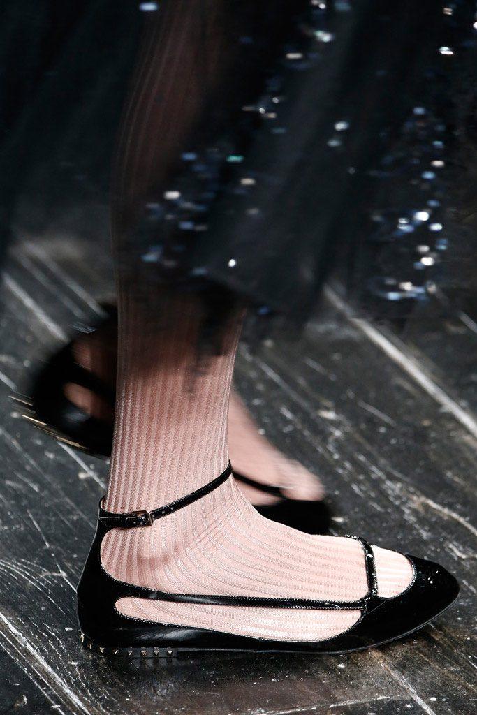 cortes en el calzado como complementos de otoño 2016
