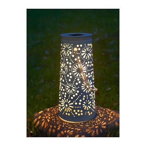 decoración para terrazas de verano con luces indirectas