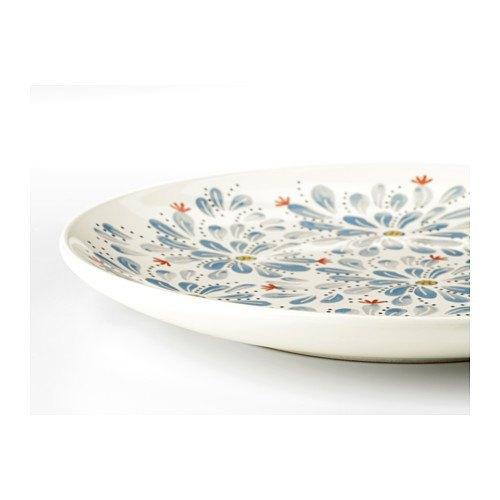 decoración de mesas de verano con vajilla con estampado floral