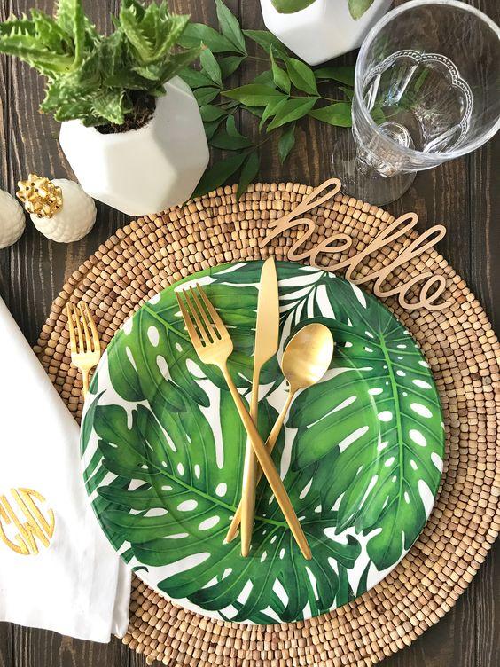 decoración de mesas de verano tropicales