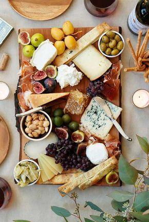 mesa bonita en navidad con tablas