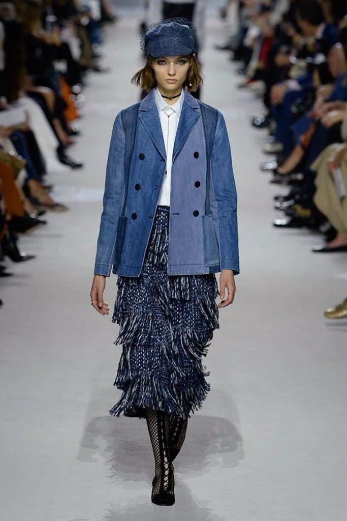 blazer navy o chaqueta denim