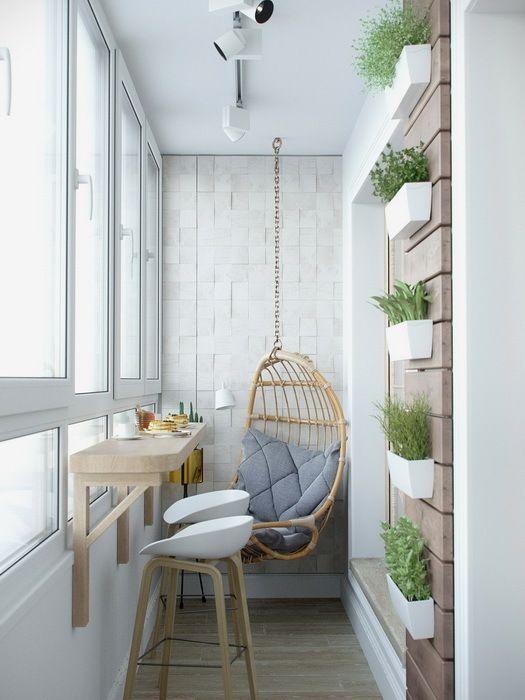 ideas para decorar balcones pequeños colgando maceteros