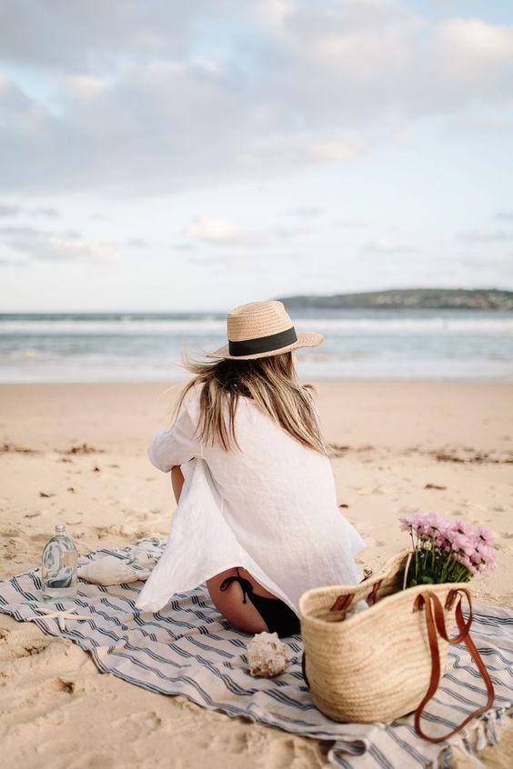 elegancia en la playa o la piscina con estilo
